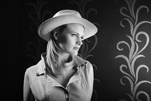 6. Osbourne and Little wall coverings are so devine.  sc 1 st  ProPhotoNut & Studio lighting workshop pictures ~ Chloe Jasmine - ProPhotoNut azcodes.com