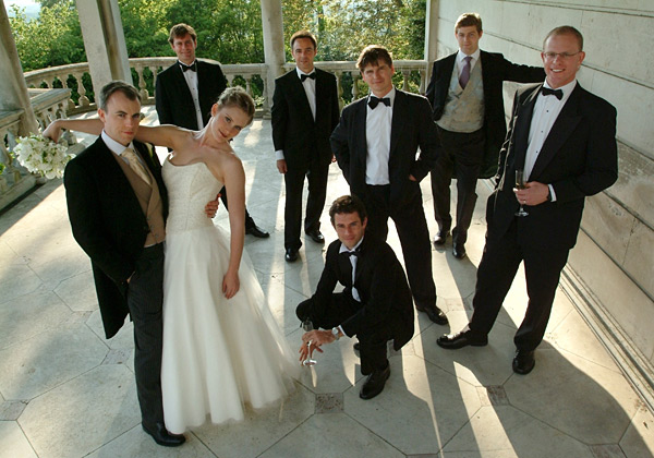Group Wedding Photography: Pictures And Advice