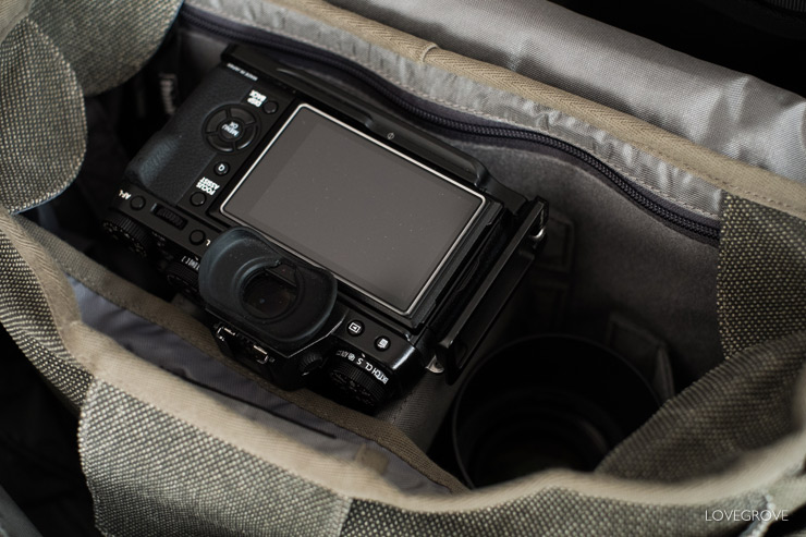 Here is my X-T1 sitting snugly on the dividers ready for action at a moments notice.