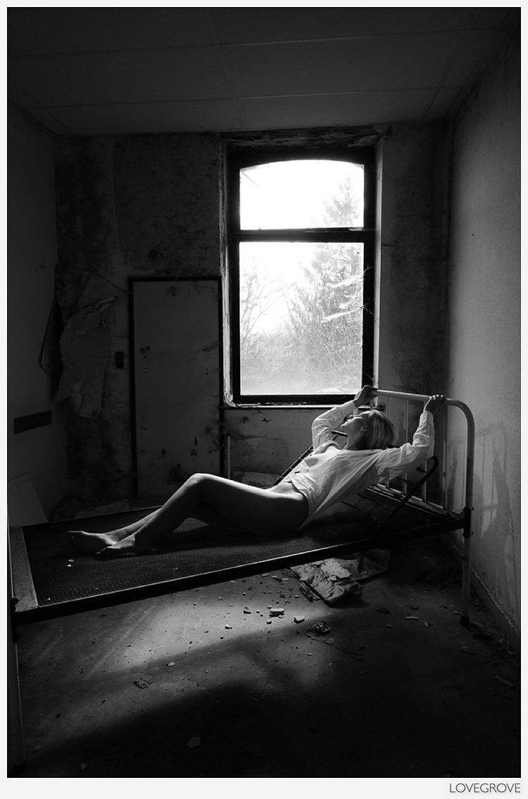 Urbex in Belgium with Sheena Williams ~ NSFW - ProPhotoNut